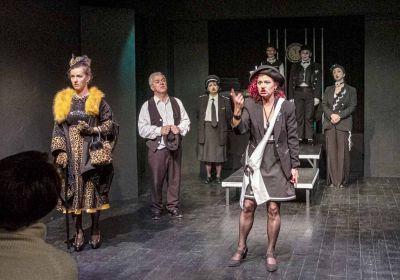 «Η επίσκεψη της γηραιάς κυρίας» σε σκηνοθεσία Χάρη Αμανατίδη