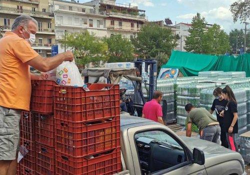 Συγκέντρωση ανθρωπιστικής βοήθειας για τα αποκλεισμένα χωριά της Καρδίτσας