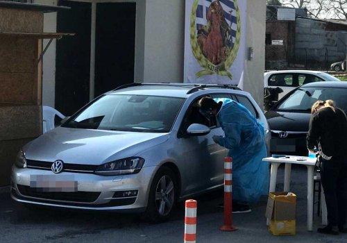 Συνεχίζονται τα τεστ κορονοϊού με τη μέθοδο drive through στην Ανδρομάχη