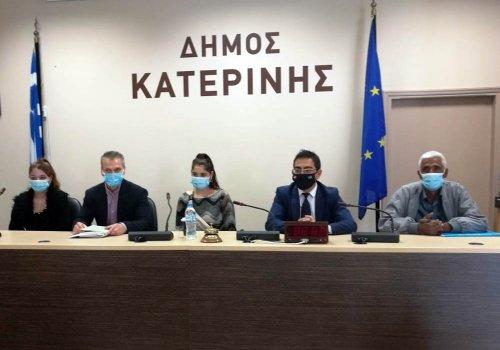 Σύσκεψη για την κατασκευή οικισμού προσωρινής μετεγκατάστασης των Ρομά